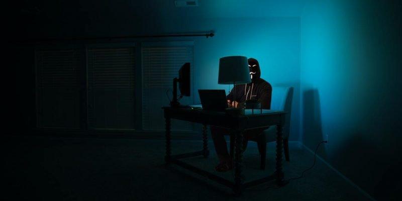 Hacker se infiltra en routers